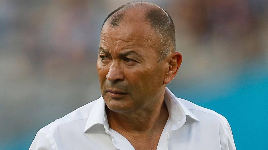 Englands Rugby-Nationaltrainer Eddie Jones vor dem Spiel seiner Mannschaft gegen Argentinien bei der Rugby-WM in Japan
