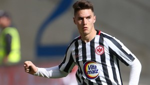Eintracht Frankfurt suspendiert Varela