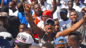 Demonstranten fordern Rücktritt des Präsidenten