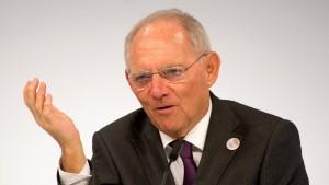 Schäuble soll Steuern noch stärker senken als versprochen