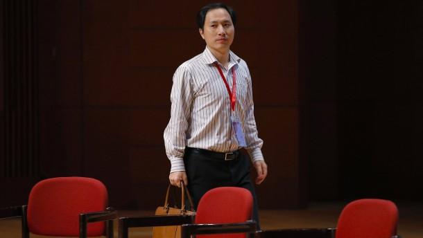 China verbietet Forscher He weitere Genomversuche