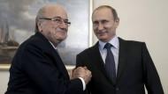 Zwei, die sich verstehen: Sepp Blatter (links) und Wladimir Putin