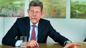 """""""Wir brauchen mehr Engagement für Elektromobilität"""""""