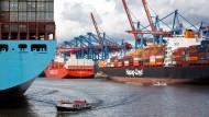 Reeder hissen deutsche Flagge