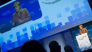 "Merkel verteidigt ""Big Data"""