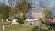 Sollte versteigert werden: Ein abgebranntes Wohnhaus im südhessischen Birkenau