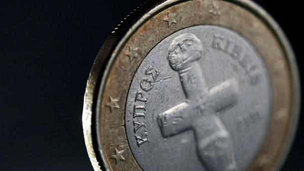 Rettungspaket: Steinmeier will von Zypern erst einmal Taten sehen