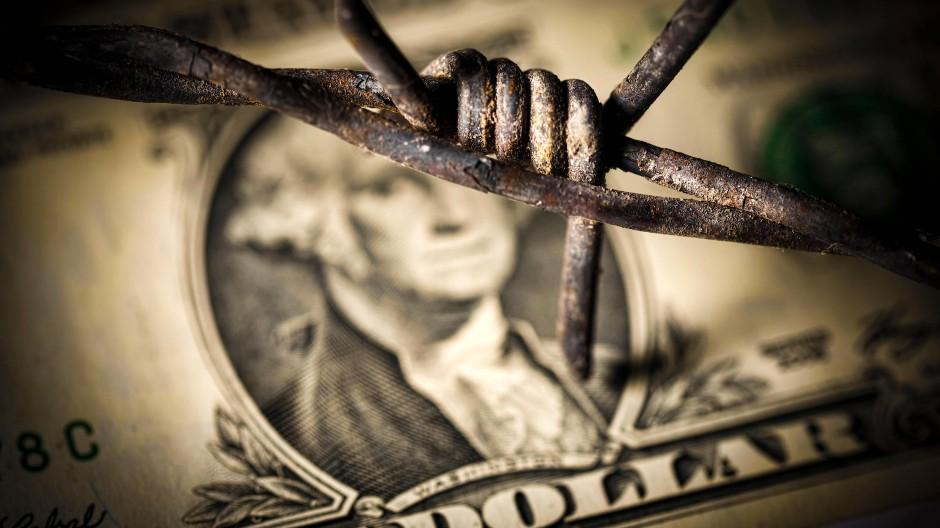 Probate Waffe im Handelsstreit: Der Protektionismus der dreißiger Jahre ist vom Abwertungswettlauf nicht zu trennen.