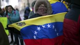 Wer hält zu Maduro und wer zu Guaidó?