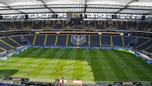 Eintracht kann mit 10.000 Fans planen