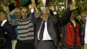 Ärger für Netanjahu, Jubelbilder für Abbas