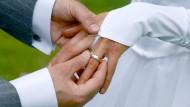 Weniger Scheidungen, spätere Trennungen