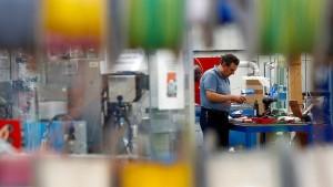 Britischer Arbeitsmarkt leidet stark