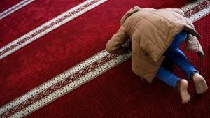 Wer betet, müsste sogar besser in der Schule sein