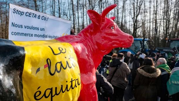 Handelsabkommen mit Kanada nimmt letzte Hürde