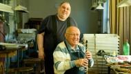 Mit höchstem Anspruch: Instrumentenbauer Thomas Keilwerth (links) mit seinem Vater Adolf Keilwerth in der Werkstatt des Familienbetriebs