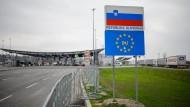 Für Flüchtlinge mehr oder weniger geschlossen: die kroatisch-slowenische Grenze
