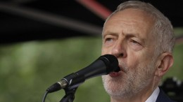 Jeremy Corbyn plant offenbar Revolte gegen Johnson