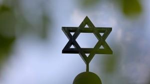 Antisemitismus-Doku wird doch im Fernsehen ausgestrahlt
