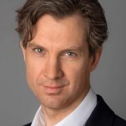 """Dyrk Scherff - Portraitaufnahme für das Blaue Buch """"Die Redaktion stellt sich vor"""" der Frankfurter Allgemeinen Zeitung"""