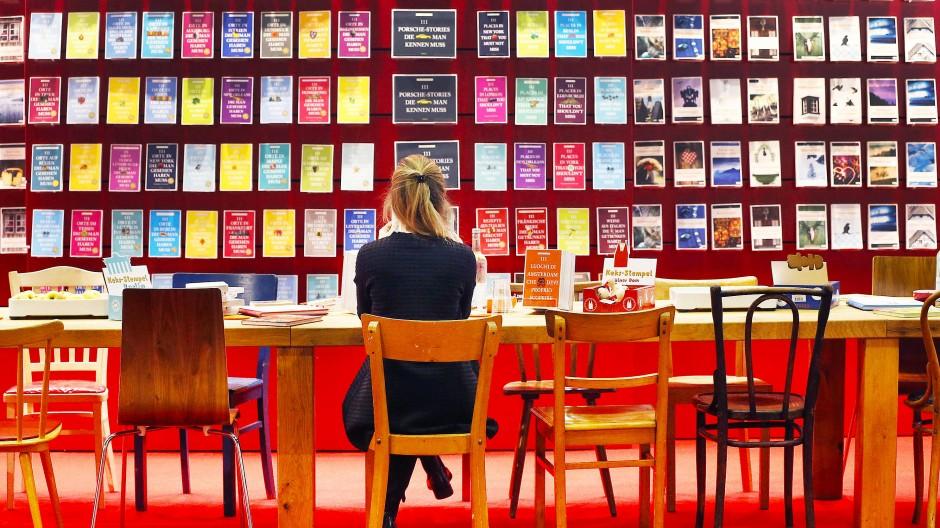 Die Auskunft sorgte für böses Blut in der Branche: Die Buchmesse 2020 soll stattfinden. Aber ganz anders als sonst.