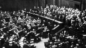 """""""Rechtsbewußtsein des Volkes"""": Was tun gegen die Steuerflucht?"""