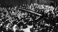 Bild einer Reichstagssitzung aus dem Juli 1917.