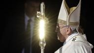 Papst Franziskus wird am Sonntag Katharina Kasper, die Gründerin der Dernbacher Schwestern, aber auch den 1978 verstorbene Papst Paul VI. und den 1980 in El Salvador ermordete Oscar Romero heiligsprechen.
