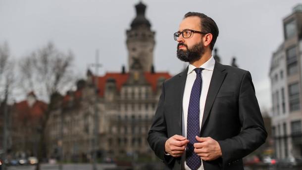 CDU-Kandidat gewinnt überraschend ersten Wahlgang in Leipzig