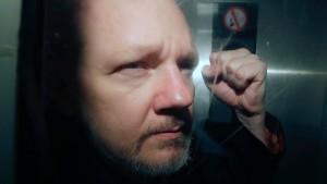Britische Justiz entscheidet über Auslieferung Assanges