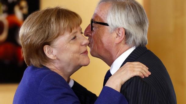 Juncker: Merkel wäre hoch qualifiziert für EU-Amt
