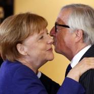 """EU-Kommissionspräsident Juncker bezeichnet Angela Merkel in einem Interview als """"liebenswertes Gesamtkunstwerk""""."""