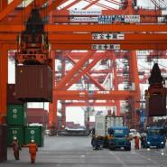 Hafen in Tokio: Japanische Exporte gehen von hier in die Welt.