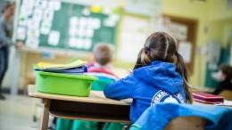 NRW holt vor den Osterferien alle Schüler tageweise zurück