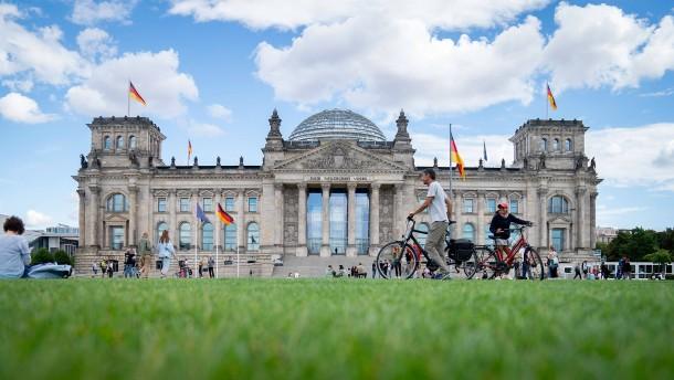 Muss der Bundestag besser gesichert werden?