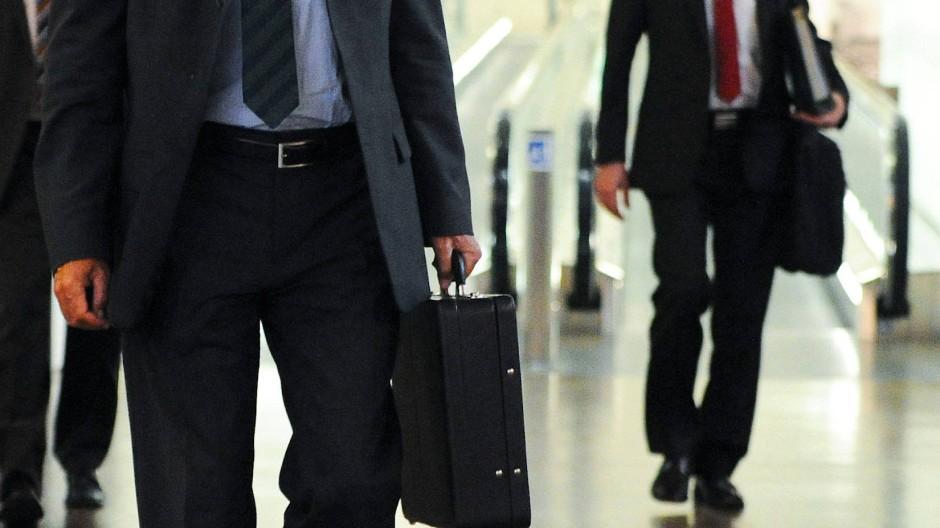 Wenn einer reist, dann er: Der pendelnde Geschäftsmann
