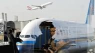 Ein Airbus der Fluggesellschaft China Southern Airlines