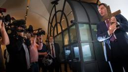 Grüne bringen Kreuz-Streit in den Landtag