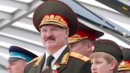 EU setzt Sanktionen gegen Weißrussland aus