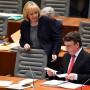 Hannelore Kraft mit ihrem Nachfolger Michael Groschek als Parteichef im Landesverband