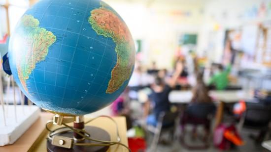 Schulen und Kitas sollen bald wieder normal öffnen