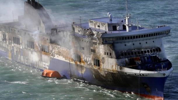 """Weitere Todesopfer der """"Norman Atlantic"""" befürchtet"""
