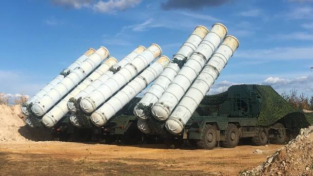 Russland will Luftabwehrsystem S-300 an Syrien liefern