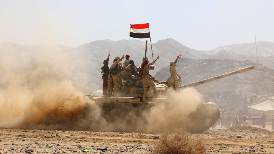 Kämpfer im Bürgerkrieg im Jemen im Februar 2016