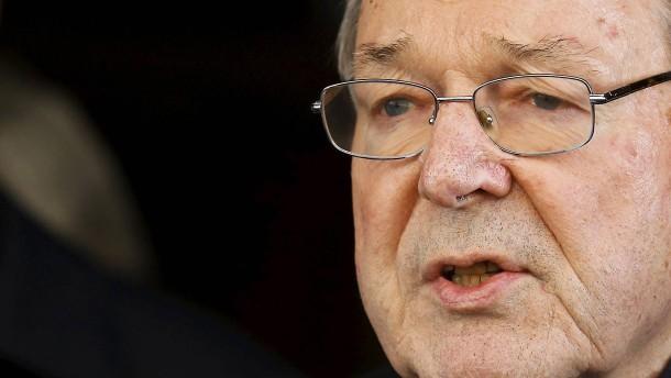 Vatikan-Finanzchef legt Amt vorübergehend nieder