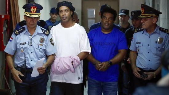 Juristisches Tauziehen um Ronaldinho