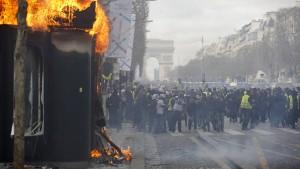 Französische Regierung droht mit Demonstrationsverbot