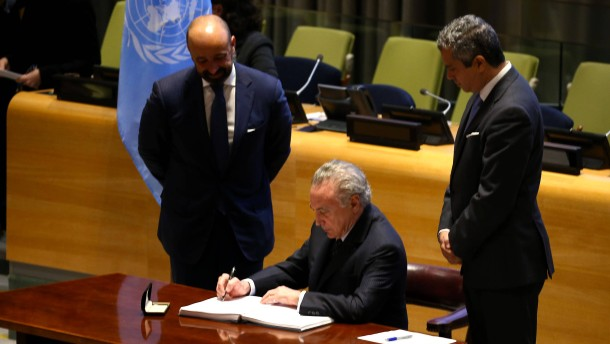 51 Staaten unterzeichnen Atomwaffenverbot