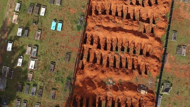 Brasilien meldet erstmals mehr als 3000 Corona-Tote