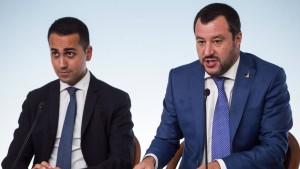 """Italiens Regierung unterstützt """"Gelbwesten"""""""